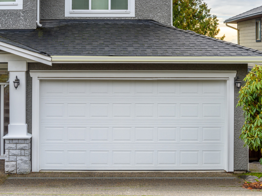 Know the signs of a failing garage door